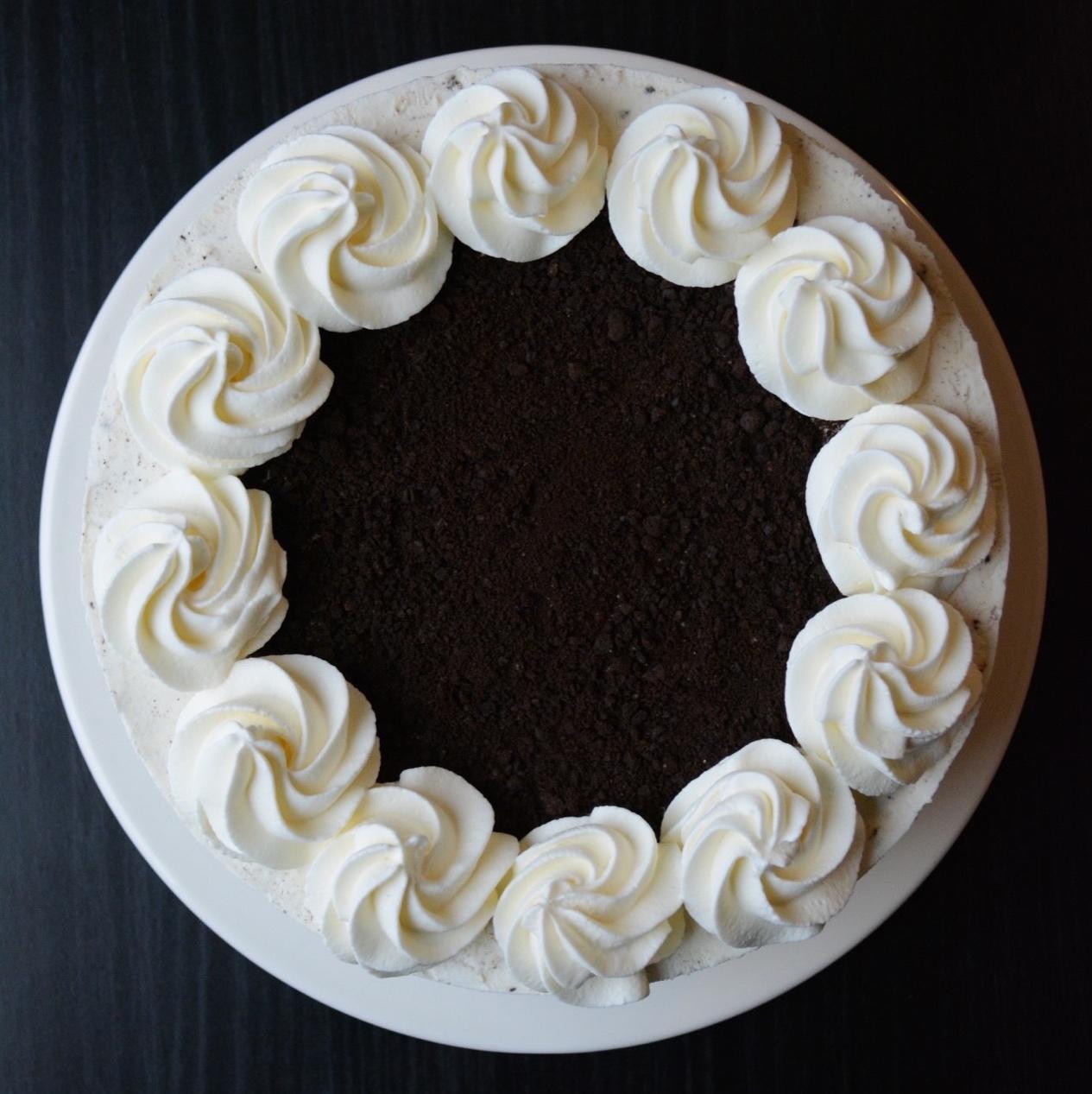 Oreo cheesecake med browniebund - fines.dk