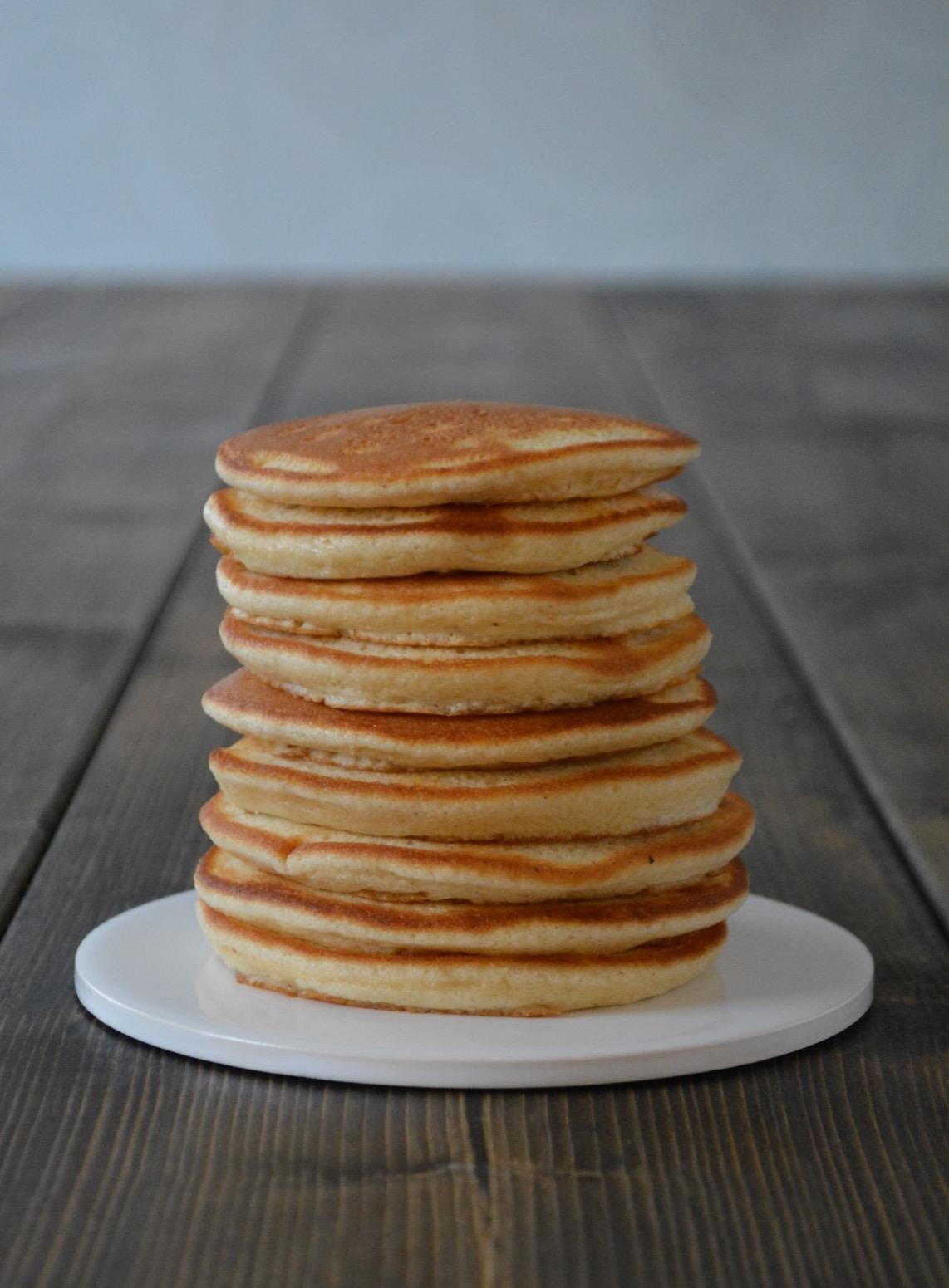 Opskrift på luftige amerikanske pandekager - fines.dk