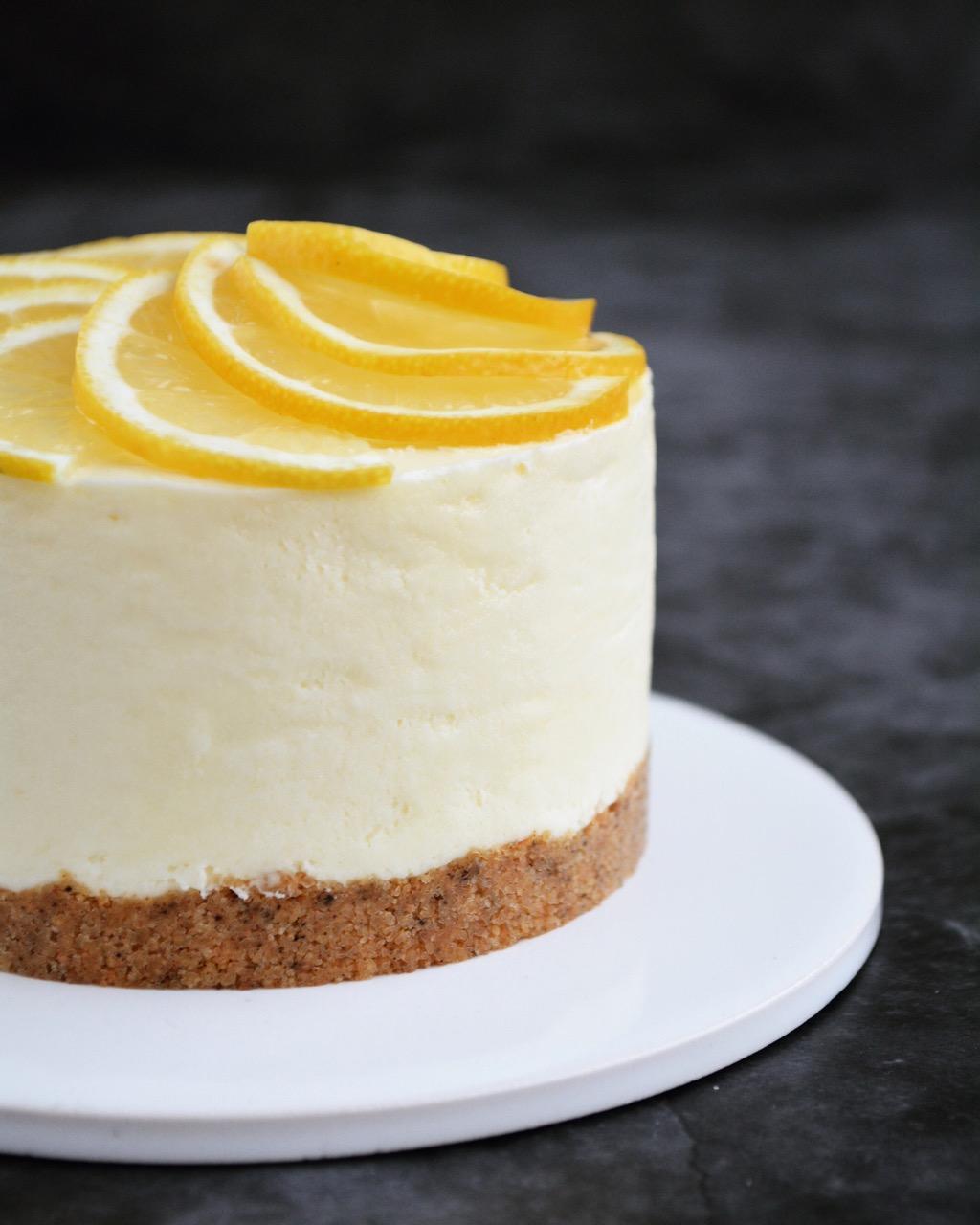 Citroncheesecake med lakrids og hvid chokolade