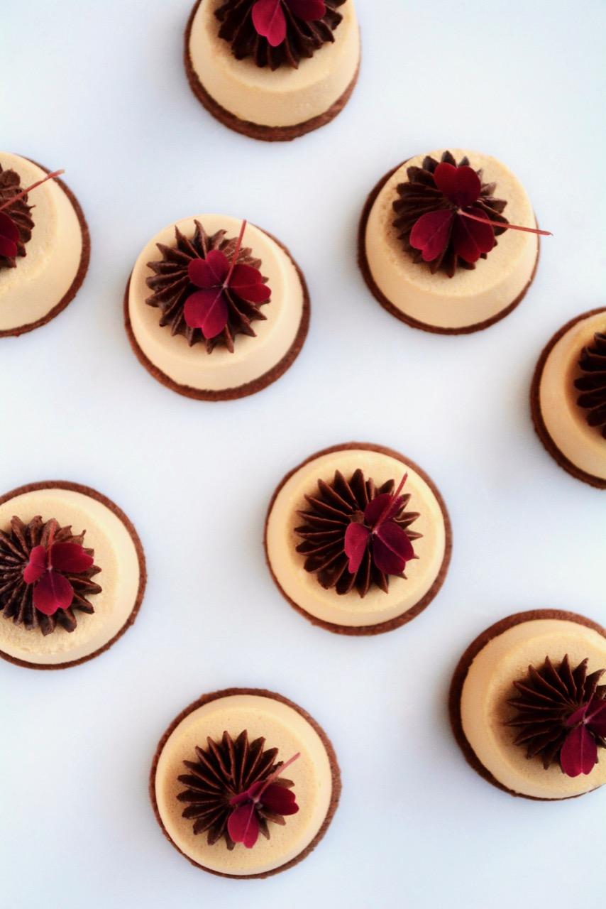 Dulcey kage med chokoladeganache
